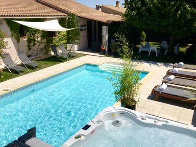 Photo for House with Private Pool and Jacuzzi near Nimes Arles Camargue and sea!