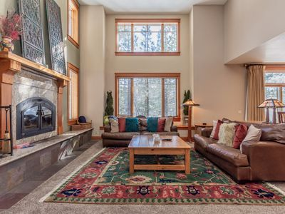 Photo for Timbers #1031 -4 bedrm + Den / 3.5 Bath Townhm, Sleeps 10 , Private 2 Car Garage and Hot Tub!