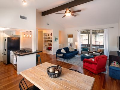 Photo for Condo w/Pool. Walk to Zilker Park, Barton Springs, Hike & Bike path to downtown