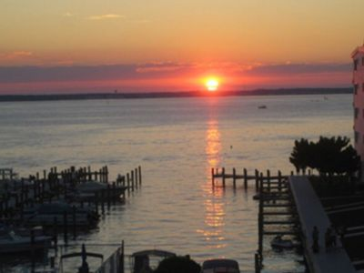 Photo for Thunder Island, direct bayfront, beautiful view, pool, elev, wifi, dock, AC