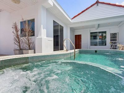 Photo for Holiday house Pattaya for 1 - 6 persons with 3 bedrooms - Holiday home
