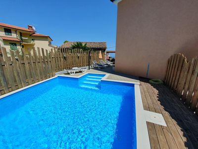 Photo for Apartment with private POOL and sea view