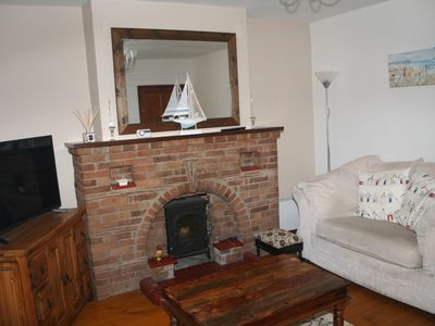 Photo for Victoria House (Old Mill) wifi, pet friendly with parking in central Heacham