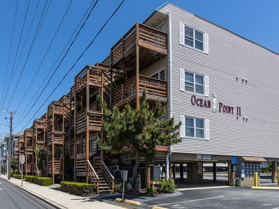 Photo for Seaside condo w/outdoor seating, free WiFi - close to the Convention Center!