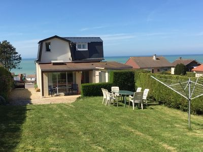 Photo for Detached house on enclosed grounds, sea view, beach 5 mins, pets allowed