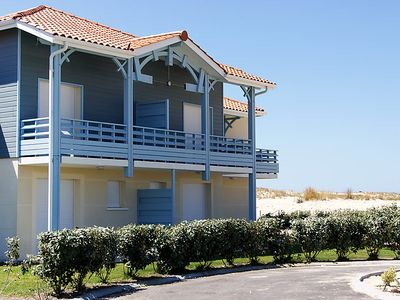 Photo for 3 bedroom Villa, sleeps 7 in Biscarrosse-Plage with Pool and WiFi