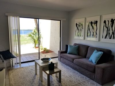 Photo for Lakeview condo next to Convention Center and Disney
