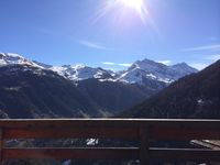 Amazing views, lovely chalet, really nice town.