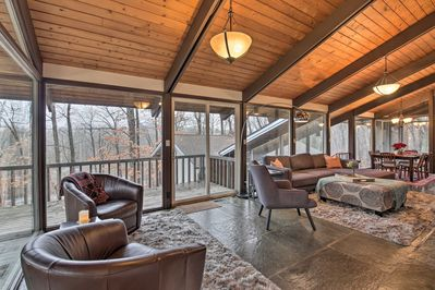 The unique home has 2 bedrooms, 1.5 bathrooms, and accommodates 6!