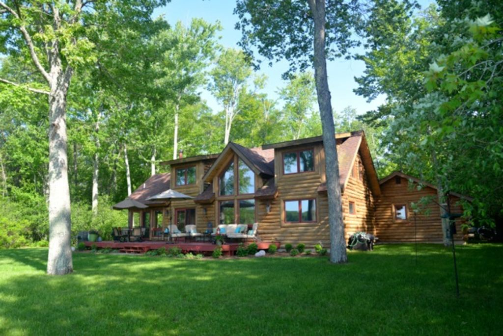 11 Bad** Log Cabins That'-ll Make You Want To Live The Cabin Life ...