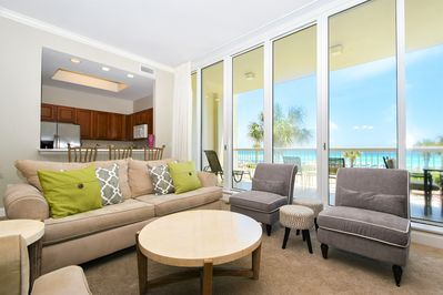 1 Silver Beach Towers West 202 - Living Area