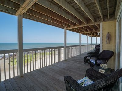 Photo for Updated Oceanfront with indoor and outdoor pool in Ocean Dunes