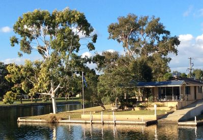 Waterside retreat, absolute canal frontage with private boat ramp.