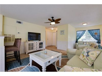 Photo for 2 Bd/2 Bth Updated Beachy 1st Floor Condo in Great Location! Pets Welcome!