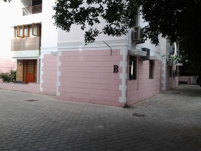 Photo for Top Class Apartment In The Heart Of Chennai, In The Most Prestigious Spot In FF
