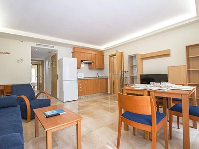 Photo for Superior 2 Bedroom apartment with balcony. VIV 21