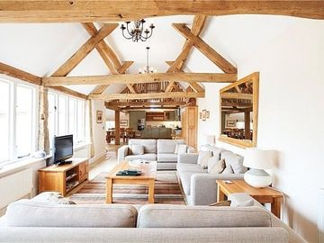 Cotswold Stone Converted Barns 5 star near Chipping Campden - Groves Barn