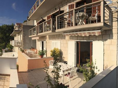 Photo for One bedroom apartment with terrace and sea view Povlja (Brač)