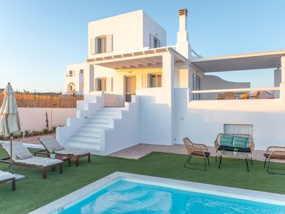 Photo for 'Villa Argilos' Luxurious villa for 10 people with swimming pool