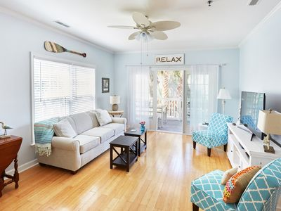 Great Escape ~ Family Friendly ~ Clean ~ 1st FL ~Pool ~ Short Walk to Beach