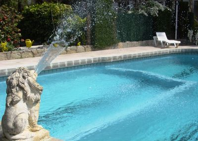 Beautiful house, the pool is beautiful, very clean and very well maintained