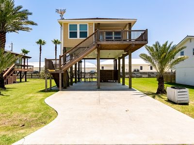 Fantastic Jamaica Beach house  3/2 Sleeps 6