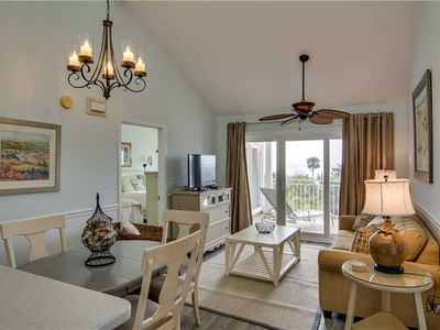 Photo for 2 Bedrooms w/ Easy Beach Access & Oceanfront Pools!