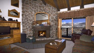 Photo for Slope side LARGE 4bed/3bath+Loft; Majestic Views, Sleeps 10-12, Pet Friendly