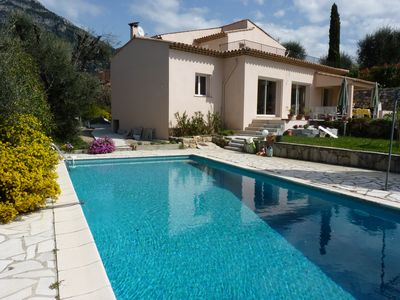 Photo for Beautiful villa in the back country of Nice