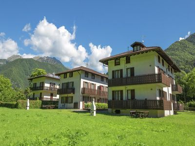 Photo for Holiday apartment at approximately 150 meters from Lake Ledro