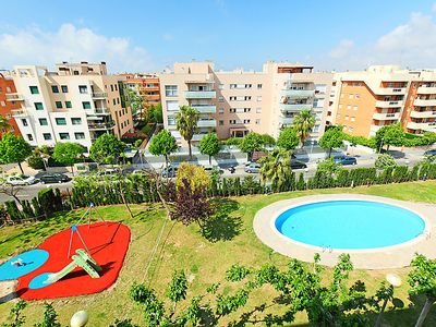 Photo for Apartment Nou Salou in Salou - 8 persons, 4 bedrooms