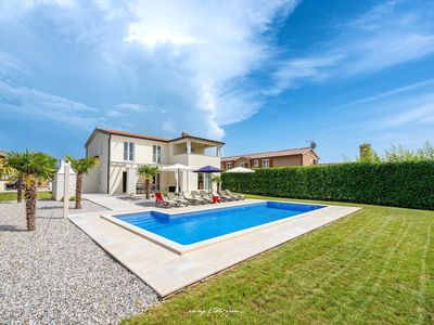 Photo for Elegant villa with private pool near Porec
