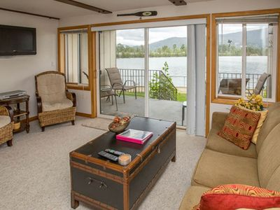 Photo for Lakefront condo in the heart of Sandpoint - shared pool & sports courts!