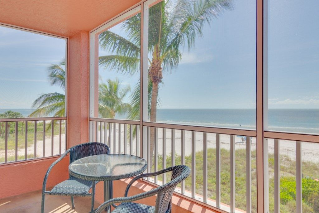 Bedroom On Fort Myers Beach