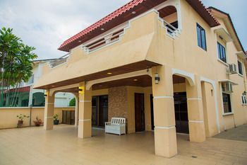 Photo for 4BR House Vacation Rental in Ipoh,