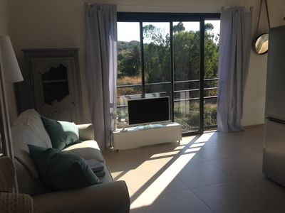 Photo for 1 bedroom flat at 5mn walk to the sandy beach