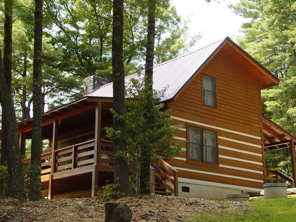 Secluded honeymoon cabin hot tub fireplace homeaway for Chantry flats cabins rental