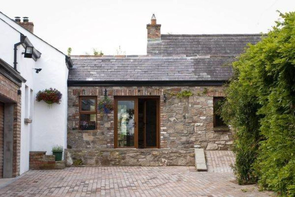 down on farm sleeps cottages cottage in county a northern frontpic rental barnwell rentals ireland