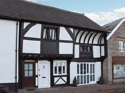 Photo for THE QUEEN'S TRUSS, pet friendly in Weobley , Ref 932481