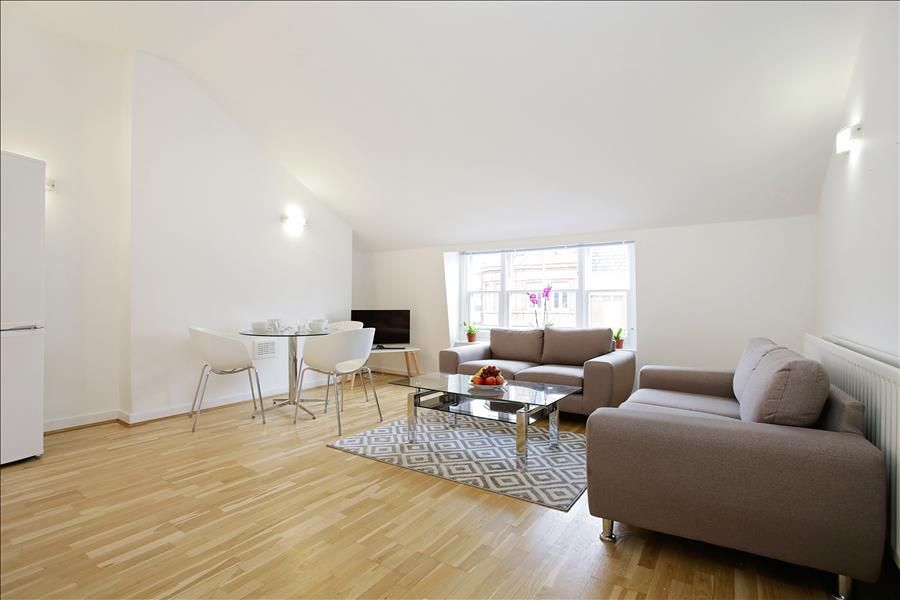 SPACIOUS 3 BR DUPLEX APARTMENT STEPS FROM MARYLEBONE HIGH STREET - REGENTS PARK