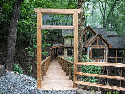 Photo for Inn The Ravine Luxury Treehouse *hot tub, fireplace, firepit, secluded*