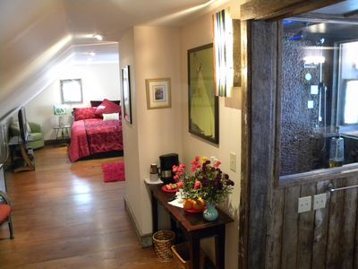 Photo for Romantic and Luxurious Spa Loft  in the Treetops. Close to skiing and hiking.