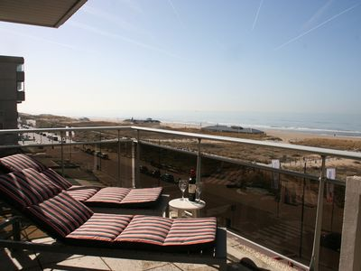Cosy apartment on the boulevard with a fantastic view of the sea