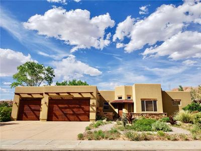 Photo for Stand Alone Home With Amazing Views and Private Hot Tub! Moab House 3417