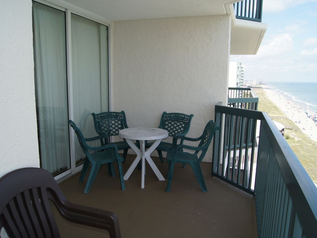 3 Bedroom 3 Bath Condo Right On The Beach North Myrtle Beach Myrtle Beach Grand Strand Area