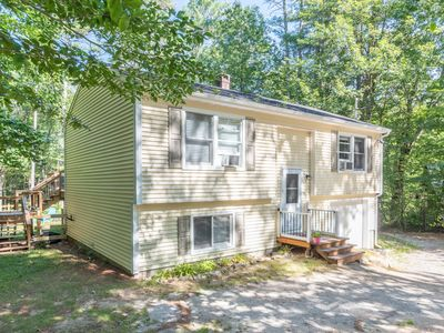 Photo for Updated Lake Kanasatka beach access home close to area attractions