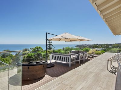 Photo for Panorama Bay - 4 bedrooms, large entertaining deck with panoramic bay views