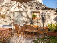 A peaceful, relaxing stay in an authentic trullo.