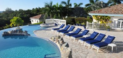 Villa Cascades  -  Ocean View - Located in  Exquisite Terres Basses with Private Pool