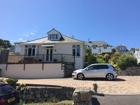 The immaculate and cosy house is located in a fabulous location with great walks to Carbis Bay
